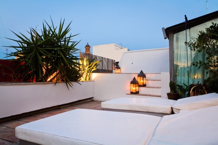 Beautiful roof terrace of Zen Tetuan Apartments in Valencia