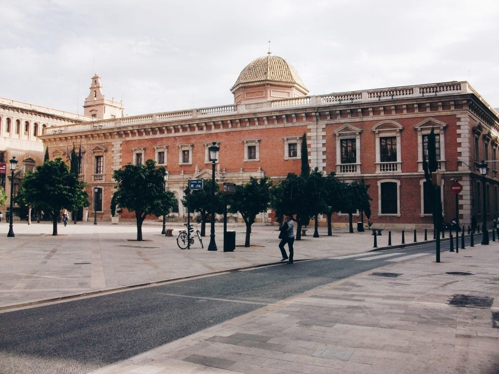Plaza Patriarca - hidden square in Valencia